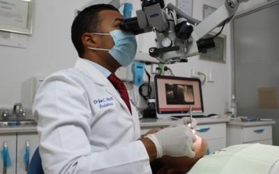 Microscopio en endodoncia